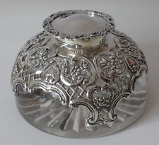 Antique solid silver & glass DESK INKWELL 1897 - Exceptional quality By W Comyns
