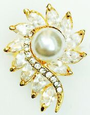USA RING using Swarovski Crystal GOLD Pearl Sizable 18K Gold plated flower