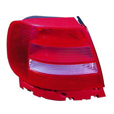 AUDI A4 B5 99-01 LEFT REAR LIGHT LAMP SALOON