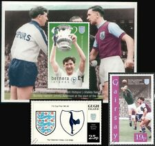 TOTTENHAM HOTSPUR Spurs FA CUP 1961-62 Football Stamps (Danny Blanchflower)