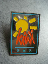 PINS KIWI BAR RESTAURANT FRUIT