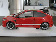 1:18 MINICHAMPS 2010 FORD FOCUS RS LM CLASSIC EDITION - LIMITED EDITION OF 702