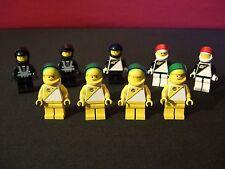 Lego Set of 9 Vintage Spacemen / Futron / Space Police!