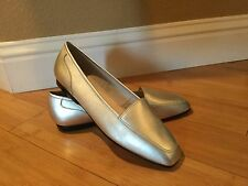 New Enzo Angiolini LIBERTY Womens Leather Silver Slip-on Flat Loafer Size 9M