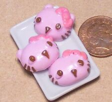 1:12 Scale Cat Face Cakes On A Plate Doll House Miniatures Food Accessory PL7