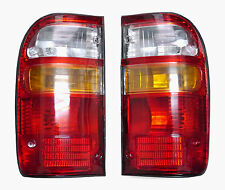 2 x TOYOTA HILUX RH - LH REAR BACK LIGHTS TAIL LAMPS 1998 - 2002 99 00 01 02