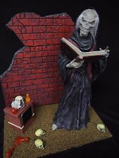 THE CRYPTKEEPER (SCREAMIN MODELS) CUSTOM BUILT WITH SOUND TRACK