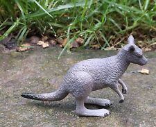 KANGAROO Science and Nature - Small plastic Australian animal replica