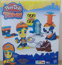 Play-Doh Town ~ Road Worker ~ Includes 3 Play-Doh Tubs