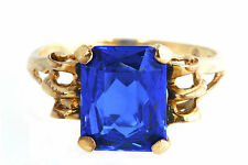 BEAUTIFUL BLUE SPINEL EMERALD CUT 10K YELLOW GOLD RING, SIZE 6.5