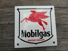 SUPERB VINTAGE MOBILGAS SOCONY-VACUUM ENAMEL METAL SIGN PLAQUE