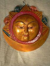 Nepal - Sun wood mask golden colour / máscara Sol de madera color dorado