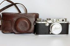 LEICA IIIa . RARE POST WAR 1948 CAMERA WITH 1938 SUMMAR 5 CM 1:2.0 LENS + CASE