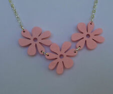 FUNKY PINK WOOD FLOWER NECKLACE SILVER PLATED CHAIN RETRO 60'S 70'S