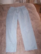 Ladies Light Green Talbots High Waisted Jeans Size 2P in Great Shape