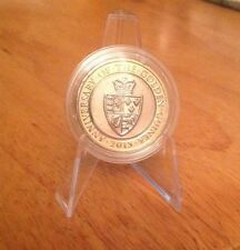 2013 The Golden Guinea £2 Two Pound Coin Excellent Cond Shiny In Capsule Rare