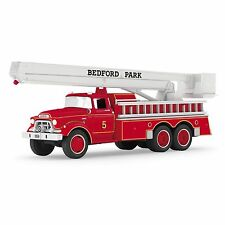 Hallmark 2016 1959 GMC Fire Engine Brigade Series Ornament
