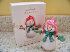 2007 Hallmark Welcome, Friends! Snowman Cardinal Bird Christmas Ornament