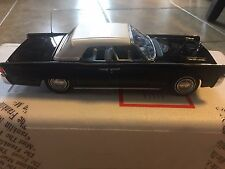 1961 Lincoln Continental 1/24 Die cast  by Franklin Mint, New all original paper