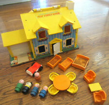 VTG 1969 Fishe Price Play Family House Little People #952 Lot