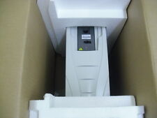INVERTITORE 3aua0000004617 ABB ach550-01-06a9-4