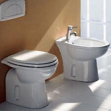Sanitari bagno wc in ceramica completo di sedile coprivaso e bidet bianco novità