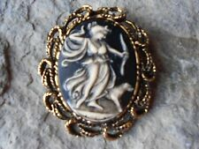 GODDESS DIANA WITH DOG HAND PAINTED CAMEO ANTIQUE GOLD BROOCH / PIN / PENDANT