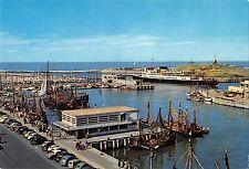 BR56798 Ostende entree du port yacht club et bassin de peche fishing ship bateau