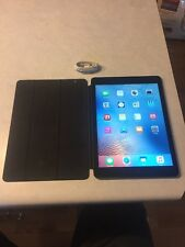 Apple iPad Air 1st Generation 16GB, Wifi Space Gray GREAT BUNDLE.   #M24-2