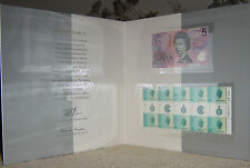30 years decimal Curency Note and Stamp Presentation Folder Nice Scarce