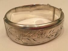 Mayer, Mills & Co Silver Hinged Bangle Bracelet Engraved With Daffodils Boxed