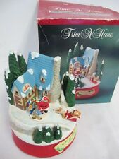 CERAMIC ACTION MUSICAL WISH YOU A MERRY CHRISTMAS MATRIX VINTAGE LIGHTED VILLAGE
