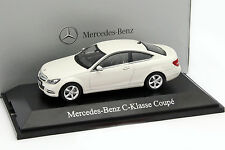 Mercedes-Benz Clase C Coupé diamante blanco 1:43 norev