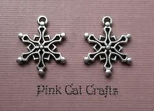 10 x SNOWFLAKE NO.10 CHRISTMAS Tibetan Silver Charms Pendants Beads