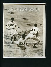 Duke Snider safe at first 1953 Wire Photo Brooklyn Dodgers Paul Smith Pirates