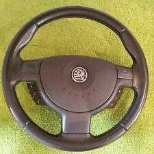 Vauxhaul Corsa 1.2 SXI 16v 2003 - Steering wheel with air bag and radio buttons