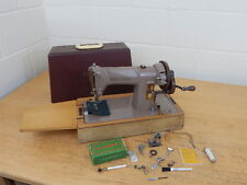 VINTAGE SINGER 185K HAND CRANK SEWING MACHINE IN CASE + EXTRAS