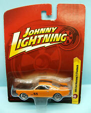 000 JOHNNY LIGHTNING / FORD MUSTANG 1965 ORANGE 1/64