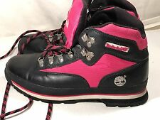 TIMBERLAND WOMEN'S BLACK/Hot Pink LEATHER ANKLE BOOTS, SIZE 10M.