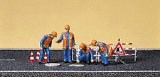HO Preiser 10445 Orange Vest CITY SEWER WORKERS with Cones and Accessories