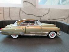 1949 CADILLAC DOUPE DE VILLE  1:18 ROAD LEGENDS DIE CAST GOLD RARE