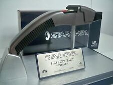 D1045817 PHASER STAR TREK MASTER REPLICA FIRST CONTACT MINT CONDITION #115/1500