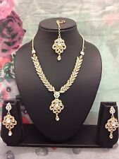 Gold White Indian Bollywood Necklace Earrings Tikka Set Party wear