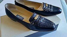"""Bally women's shoes Navy Flats 7.5 N Made in Italy 1/2"""" Heels Woven Leather"""
