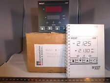 West 4200 1/4 DIN Configurable PID Temperature Controller 90-264 Vac Relay SSR