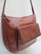 -Magnifique  sac à main type besace  DESMO  cuir TBEG  bag vintage A4