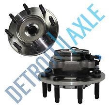 Pair (2) NEW Front Wheel Hub & Bearing Assembly Sierra Silverado Suburban 8 Lug