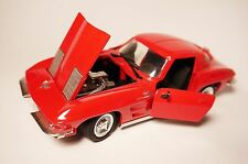 Chevrolet Corvette Stingray Split Window Vette in rot rouge red, Revell in 1:24!