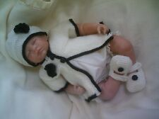 "KNITTING PATTERN BABY NEWBORN OR REBORN DOLL 17""-18"" Patt 32 Trendy"