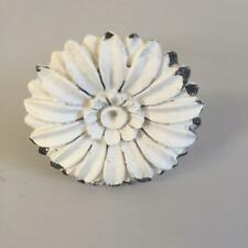 New IVORY METAL DAISY Drawer Door Handle Shabby Chic Home Kitchen Bedroom Decor